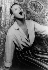 Portrait of Harry Belafonte, singing (1954)